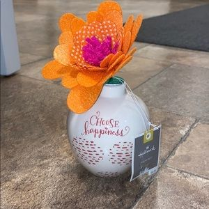 New Hallmark flower pot decoration